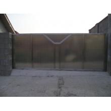 Brána LEO, nepriehľadná, antikor